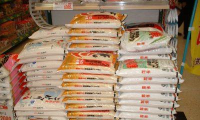 Customs Officials Invade Ibadan Market, Carts Away Truckloads Of Foreign Rice