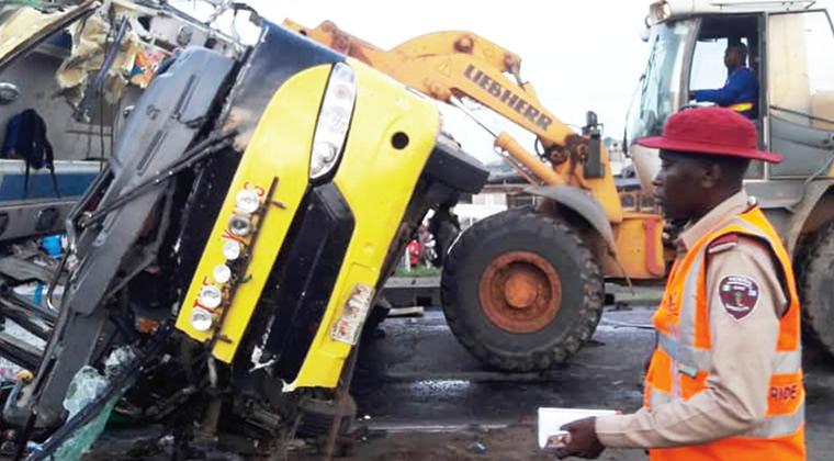 Five Perish In Lagos-Ibadan Expressway Accident