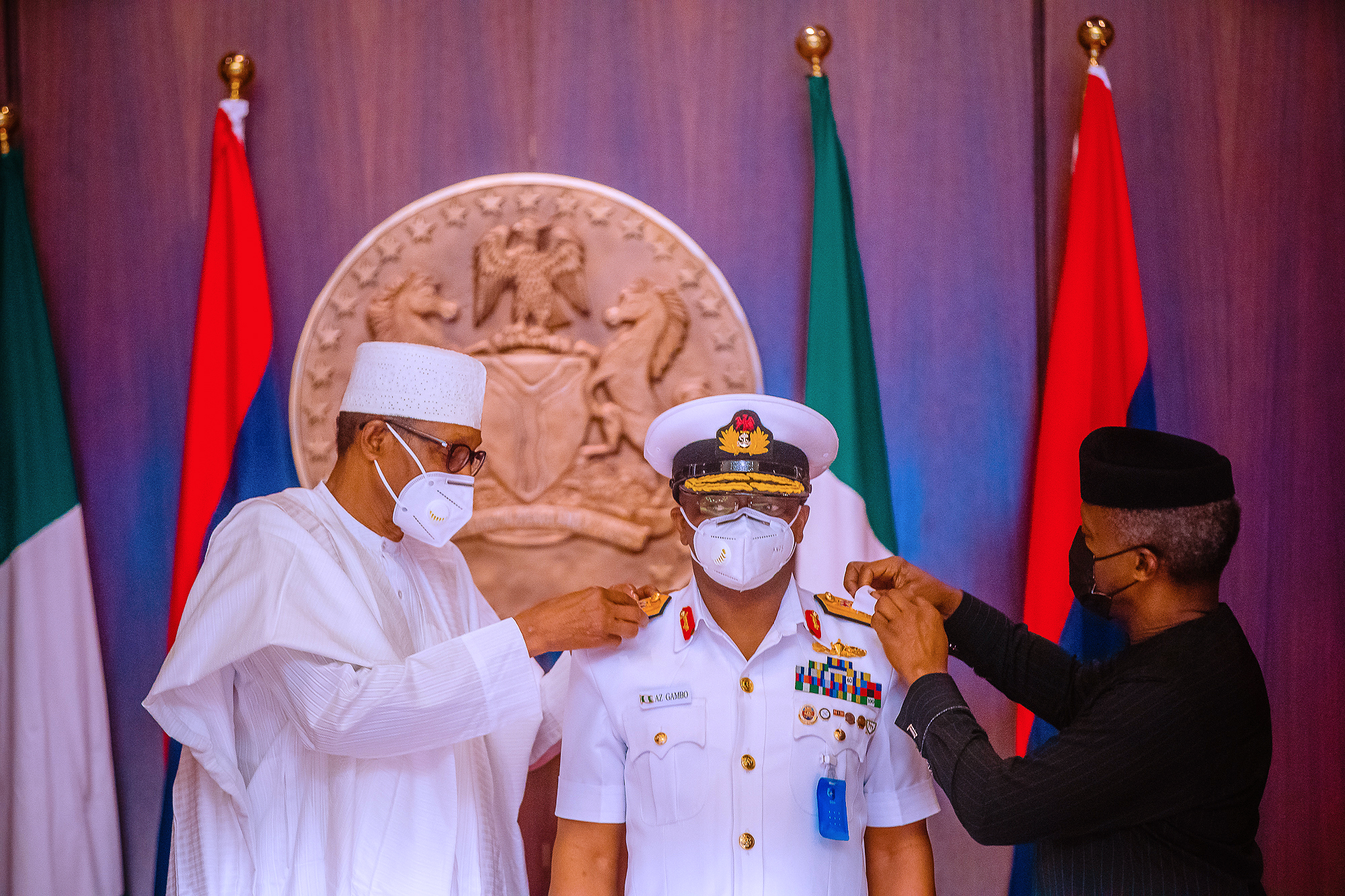 Photos: Buhari, Osinbajo Decorate Newly Appointed Service Chiefs
