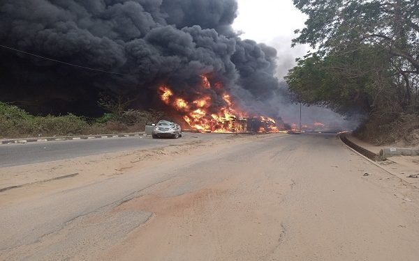 Fourteen passengers, including three children, were burnt to death in multiple accidents at the Kara long bridge in Ogun State stretch of the Lagos-Ibadan expressway.