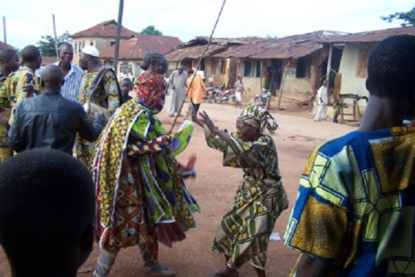 How Masquerade Group Clashed With Worshipers In Osogbo
